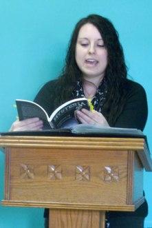 Stephanie Wytovich reading
