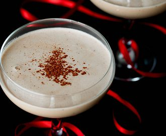 Healthy Holiday Cashew Nut Nog