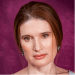 Angela Laur
