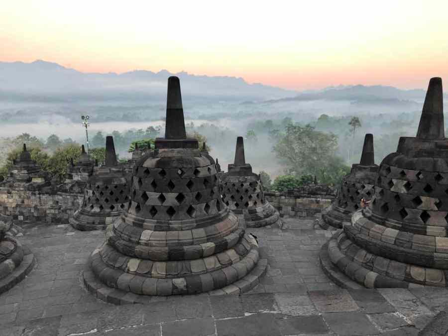 candi borobudur borobudur temple borobudur in indonesia borobudur stupa