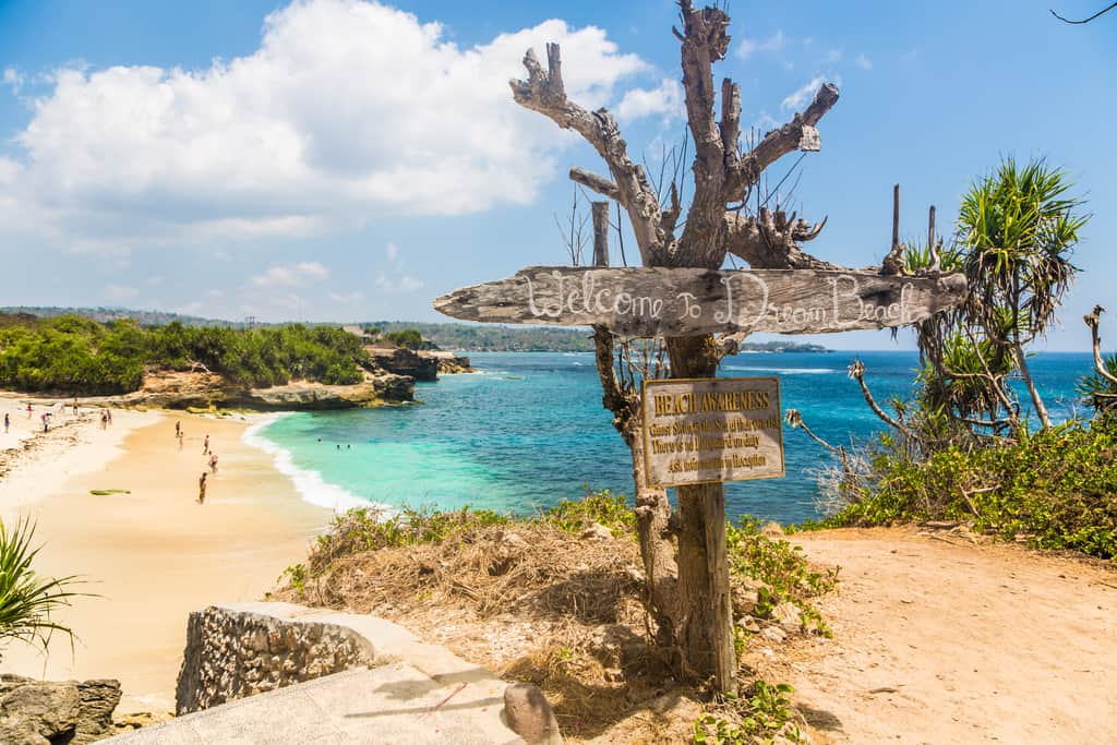 dream beach at nusa lembongan bali indonesia