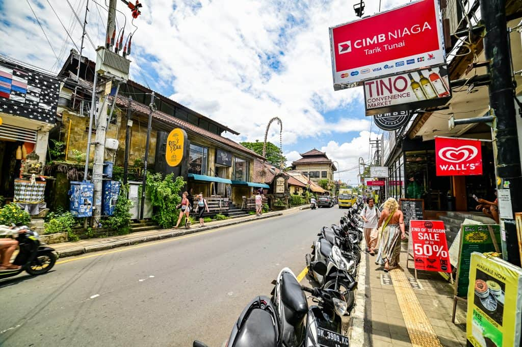 street in ubud, Bali Itinerary 5 Days