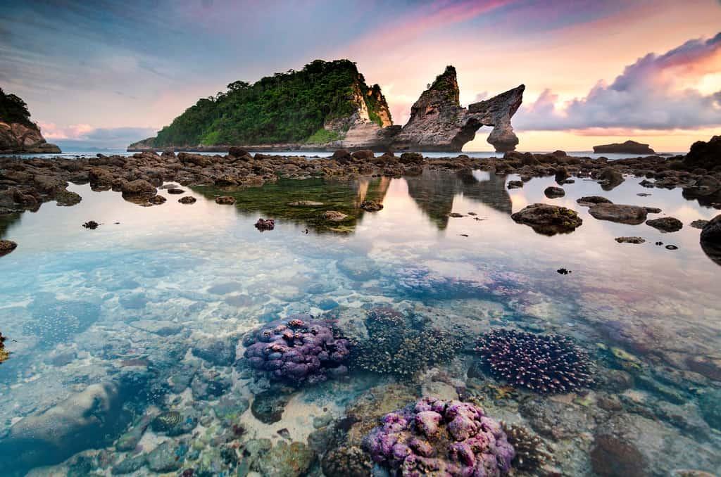 Atuh Beach low tide