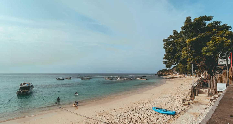 Mushroom Bay Beach, beaches nusa lembongan, snorkel nusa lembongan