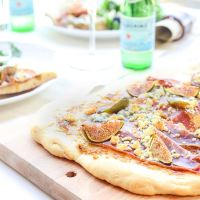 Food: For Dinner Tonight Fig and Prosciutto Pizza