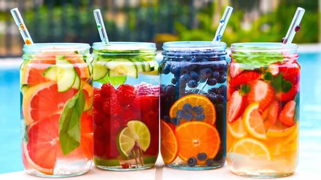 10 Detox Water Recipes To Clean Your Liver
