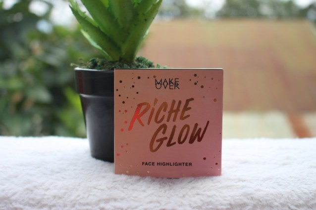 Make Over Riche Glow Highlighter