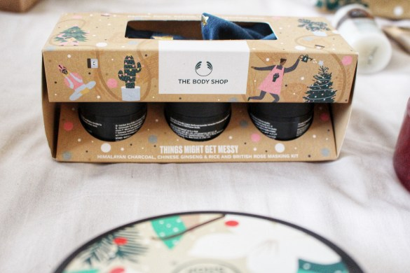 things-might-get-messy-gace-masks-the-bodyshop-christmas-gift-guide-raychelsays