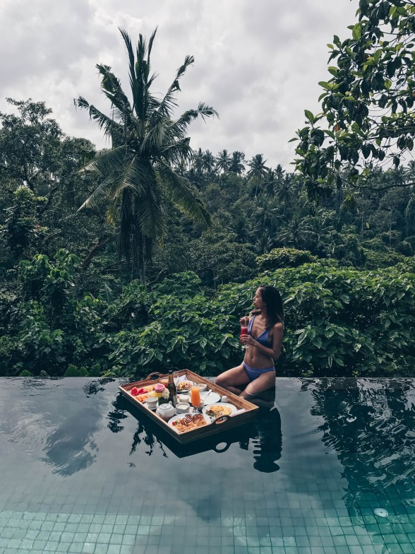 bali floating breakfast
