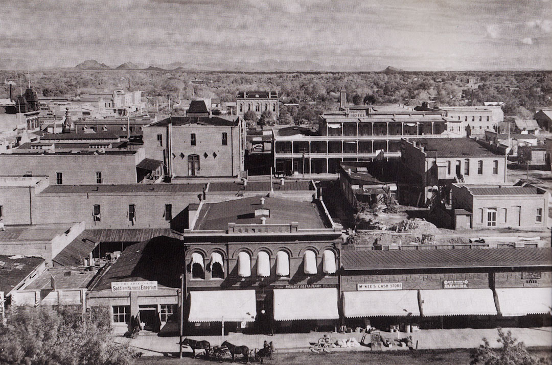 1900 Scottsdale