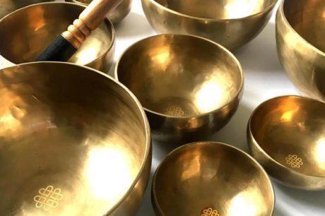 うつほ, シンギングボール, シンギングボールCD, 倍音, 光の響き, 効果, 歌う器, 癒し, 瞑想音楽