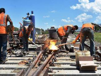 how railway workers work video
