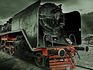 schwarzer Zug