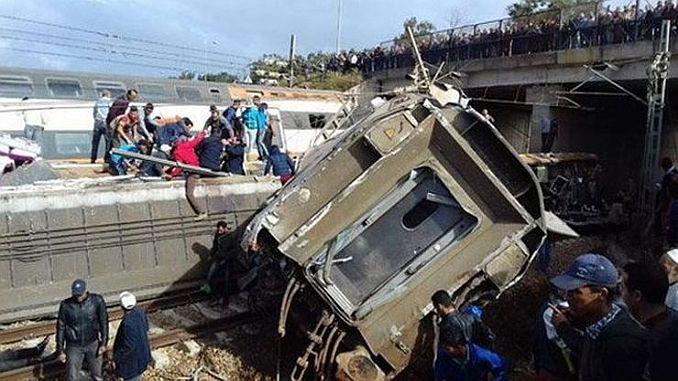 fasta tren kazasi en az 10 olu 100 yarali