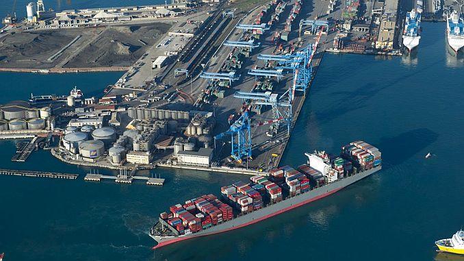 installatie van elektrificatiefaciliteiten in de havenlijn