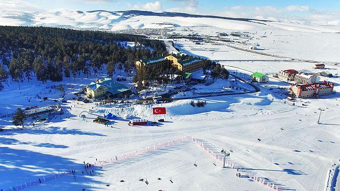 sarikamis cibiltepe kayak merkezi yeni sezona hazir