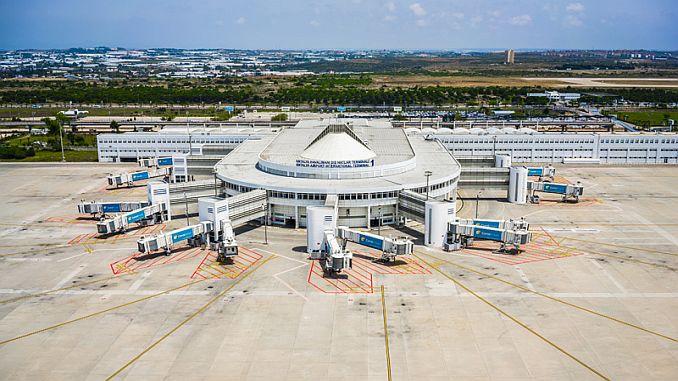 Antalya havalimanı terminal