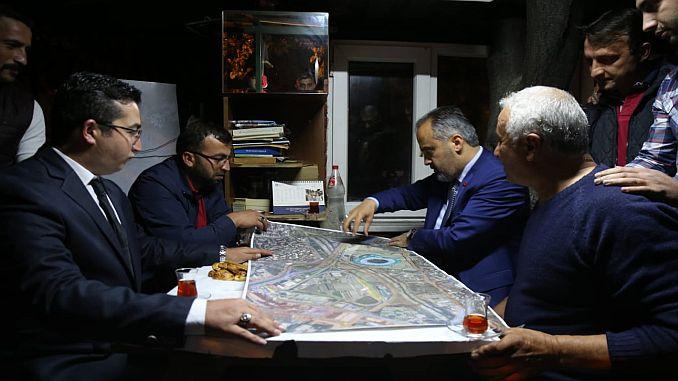 baskan aktas ने टैक्सी ड्राइवरों को परिवहन परियोजनाओं के बारे में बताया