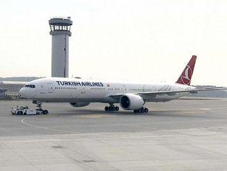 أول رحلة مجدولة من مطار اسطنبول