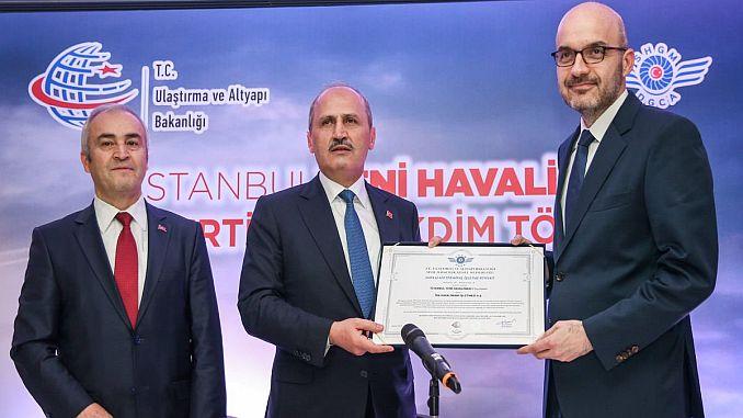 istanbul yeni havalimaninin isletme sertifikasi igaya teslim edildi