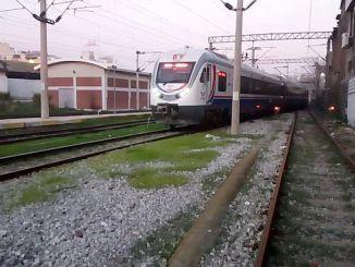 Izmir skipovima odgovara putnički vlak