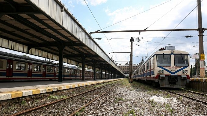 the urgent of the pendik ring suburb line is another spring