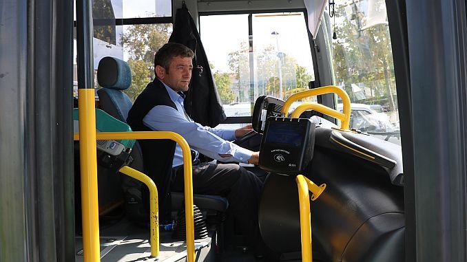 public transport vehicles in Sakarya pass into validator