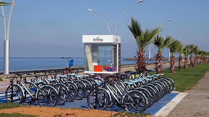 trabzon's new cycling route comes into service