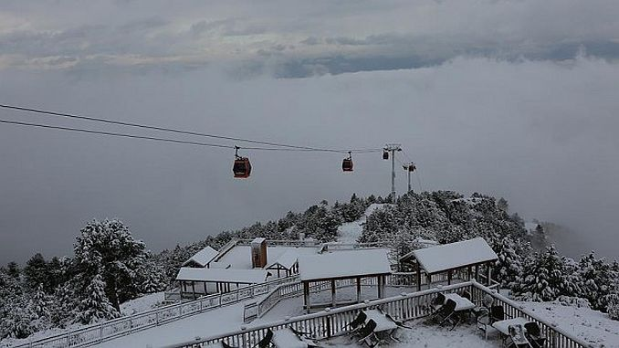 sea cable car and bagbasi plateau whit white 2