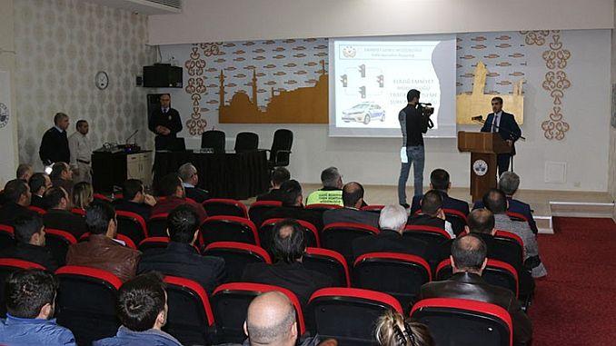 elazig belediyesi personeline trafik kurallari semineri verildi