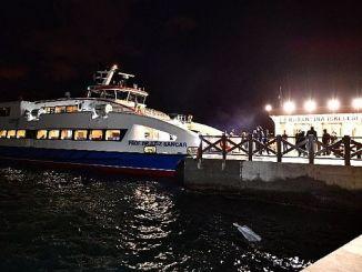 karantina iskelesinden pasaporta gemi seferleri basladi
