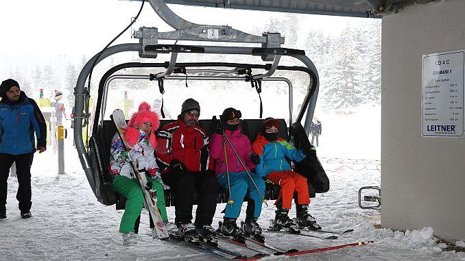 cambasi kayakseverlerin gozdesi oldu