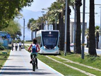 ulaganja u željeznički sustav u Izmiru smanjuju emisije ugljika