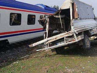 train derailed