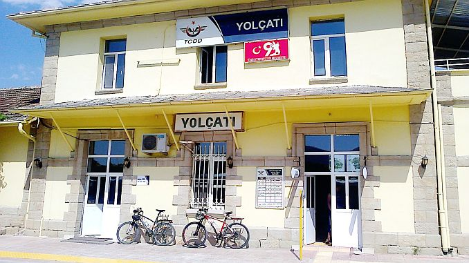 The extension and arrangement of the roadways of the Yolcati station