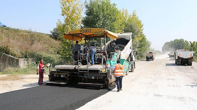 thousand tons of asphalt