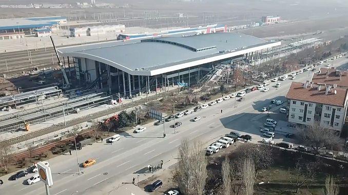 Το εργοστάσιο εξυπηρετεί την κατασκευή υποδομής φυσικού αερίου