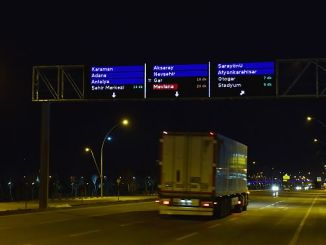 to test smart screens to ease traffic in Turkey
