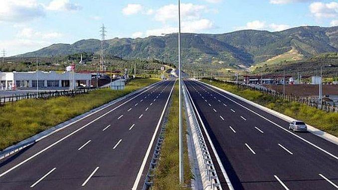 on the north marmara highway between kurtkoy port interchange
