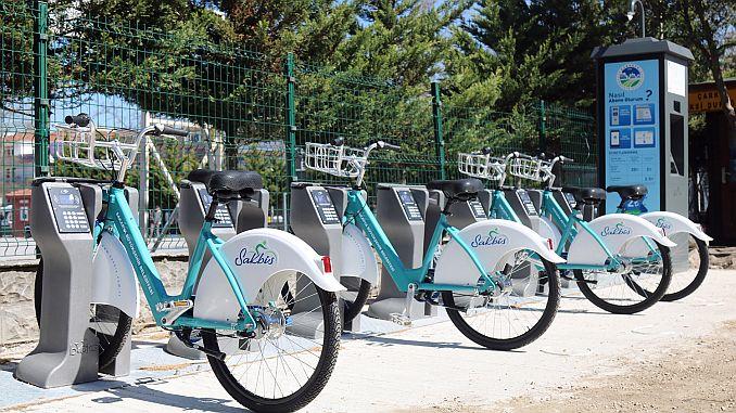 ποδήλατα συναρμολογημένα στο σχέδιο sakbis