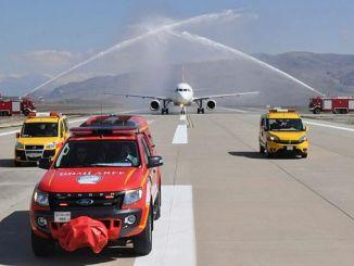 yaklasik yildir ucuslara kapali olan siirt havalimani acildi