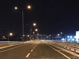 बर्सा मनोरंजन पार्क प्रकाश किया गया था वे KavsagI पाट