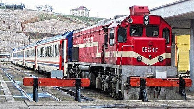 osmanische Bürger wollen ihren alten Zug zurück