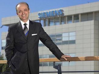 Siemens CEO turkey developing everyone in distress