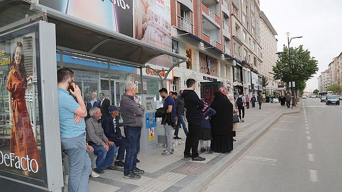 Städtische Kartenlademaschinen in Bursa