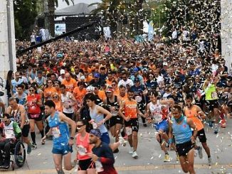 Thousands of İzmiris Running for Those Who Couldn't Run