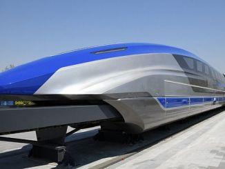 cin saatte kilometre hizla gidecek trenin prototipini tanitti