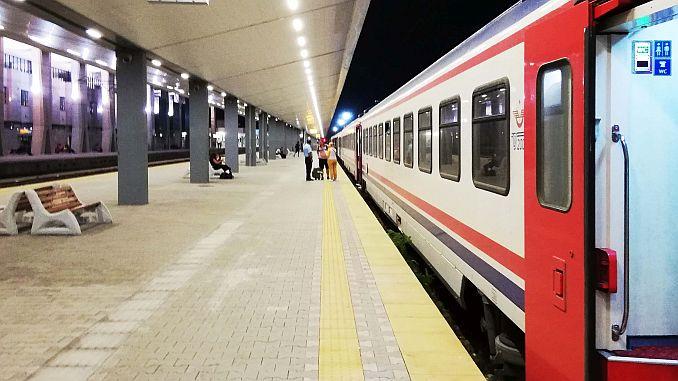 Inicio de los trenes de Edirne a tren.
