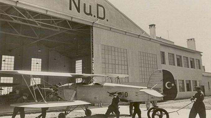 nuri demirag e il primo turk nazionale volarono a Istanbul