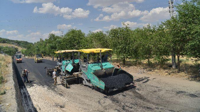 ओल्ड मार्डिन और सिवेरेक रोड के लिए हजारों टन हॉट डामर